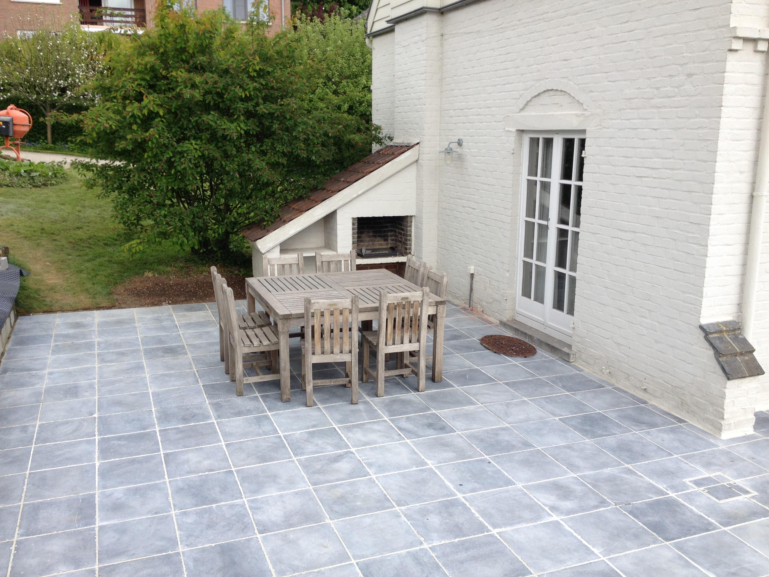 terrasse en pierre bleue 15 15 et 40 40 sg tech. Black Bedroom Furniture Sets. Home Design Ideas